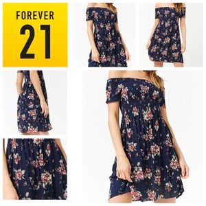NEW!! Super cute floral navy skater dress Size S